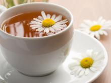 چاي بابونه عمر زنان را طولاني ميکند